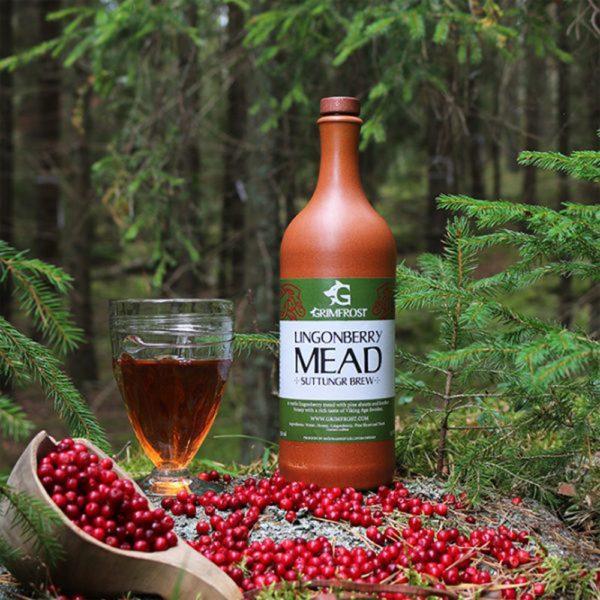 Grimfrost - Lingonberry Mead | Suttungr Brew | Honigwein mit Preiselbeeren und Kiefernsprpssen | Met aus Schweden
