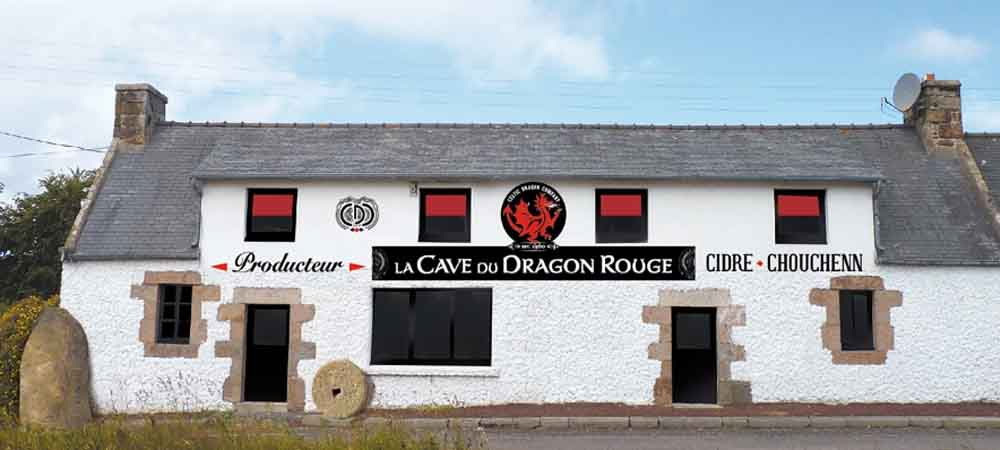 La Cave du Dragon Rouge Haus